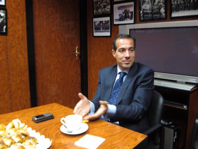 Salvador Victoria, Consejero De Asuntos Sociales De La Comunidad De Madrid