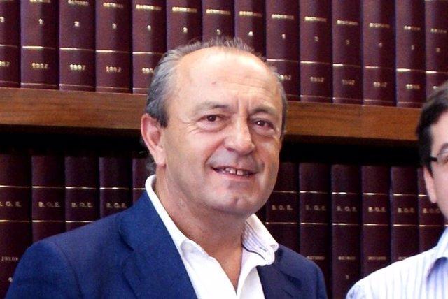 López Marcano, Consejero De Turismo De Cantabria
