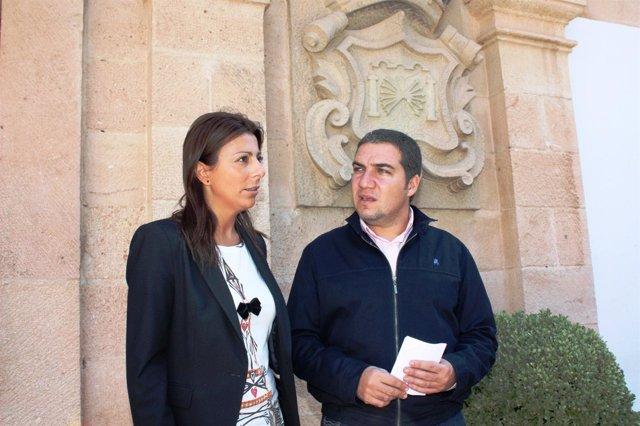 Fernández Y Bendodo, Durante La Visita