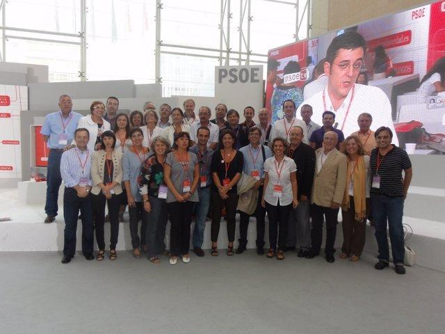 Militantes Del PSIB Que Han Acudido A La Conferencia Política Del PSOE.