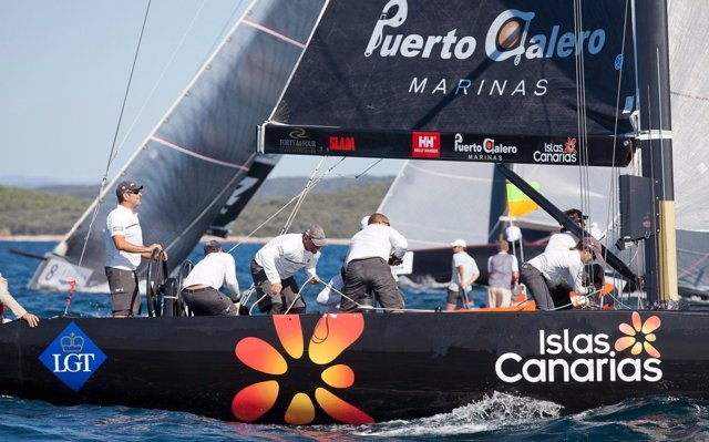 Islas Canarias Puerto Calero RC44' Vela