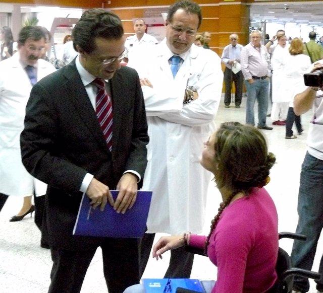 Lasquetty Durante Su Visita Al Severo Ochoa