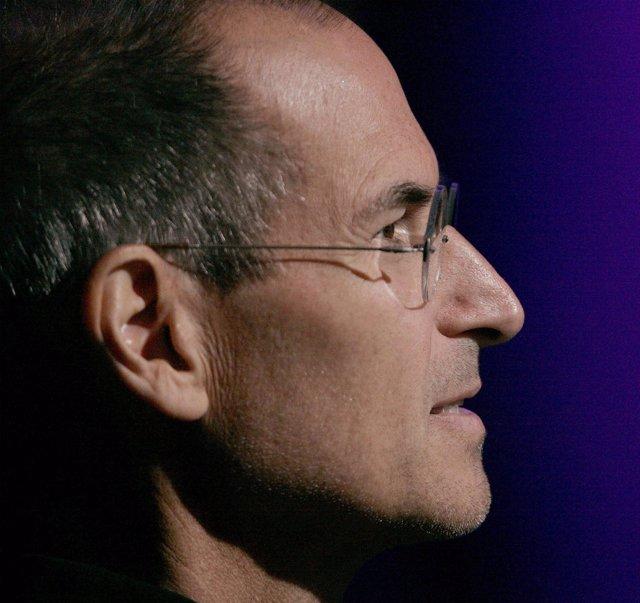 Seteve Jobs, co fundador de Apple