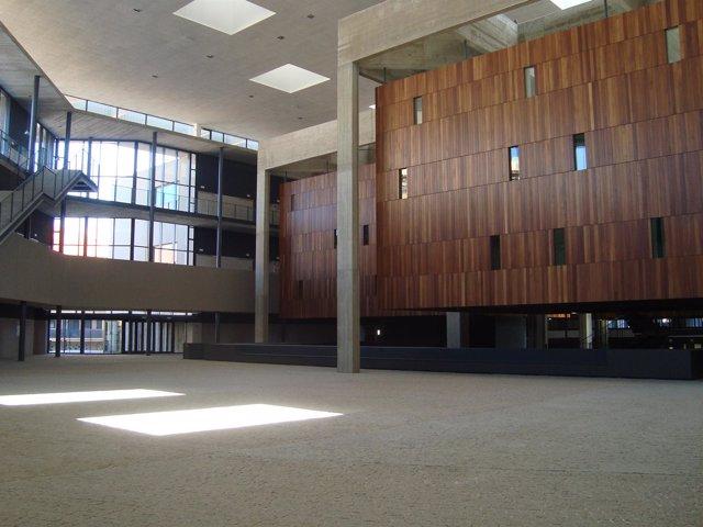 Edificio Del Nuevo Campus De La UVA En Segovia