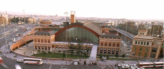 Fachada Histórica De La Estación De Atocha