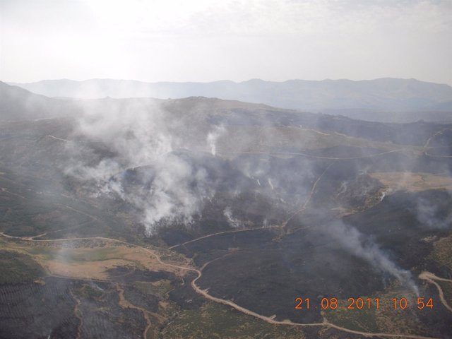 Imagen Del Incendio De Navalacruz (Ávila), En La Sierra De Gredos