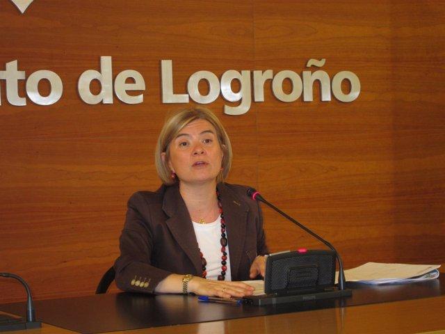 La Concejala De Servicios Sociales, Paloma Corres