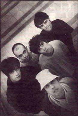 La Banda Británica The Stone Roses En Una Foto De Archivo