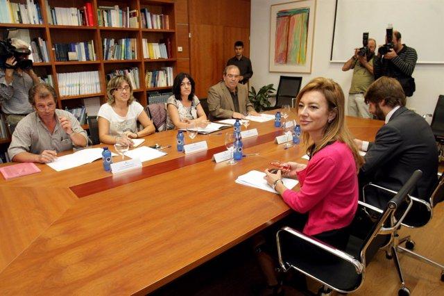 A conselleira de Facenda, Marta Fernández Currás, reunirase con representantes d