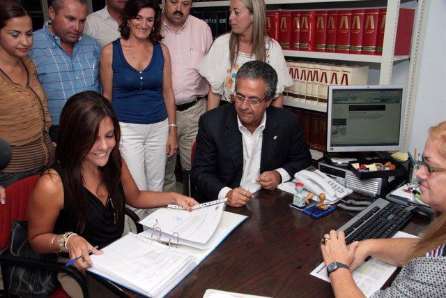 Presentación Ante La Junta Electoral De Las Candidaturas Del PP De Tenerife