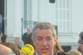 "PNV dice a ETA que ""escuche"" a los líderes internacionales"