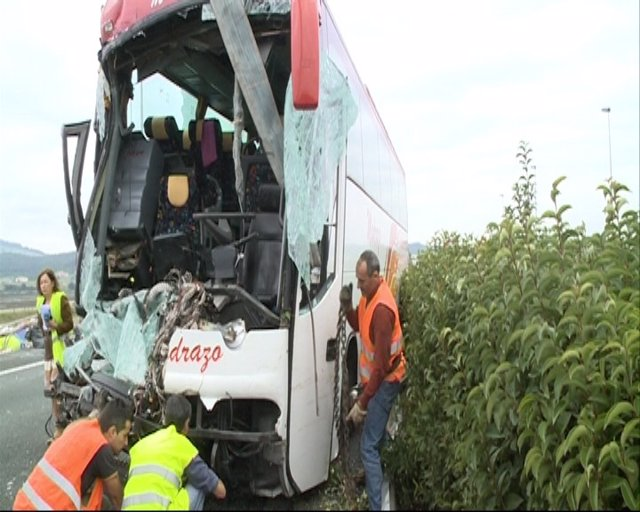 Accidente Autobús En Treto (Cantabria)