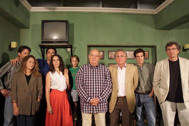 Reparto De La Película 'Todo Es Silencio' En Ciudad De La Luz