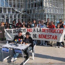 Concentración Frente Al Palacio De Congresos De Palma