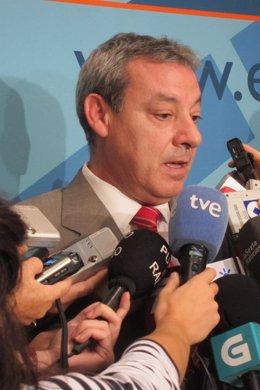 El Consejero De Educación Andaluz, Francisco Álvarez De La Chica