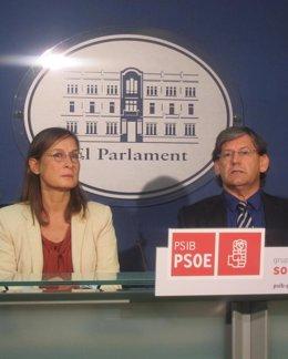 Vicenç En Rueda De Prensa