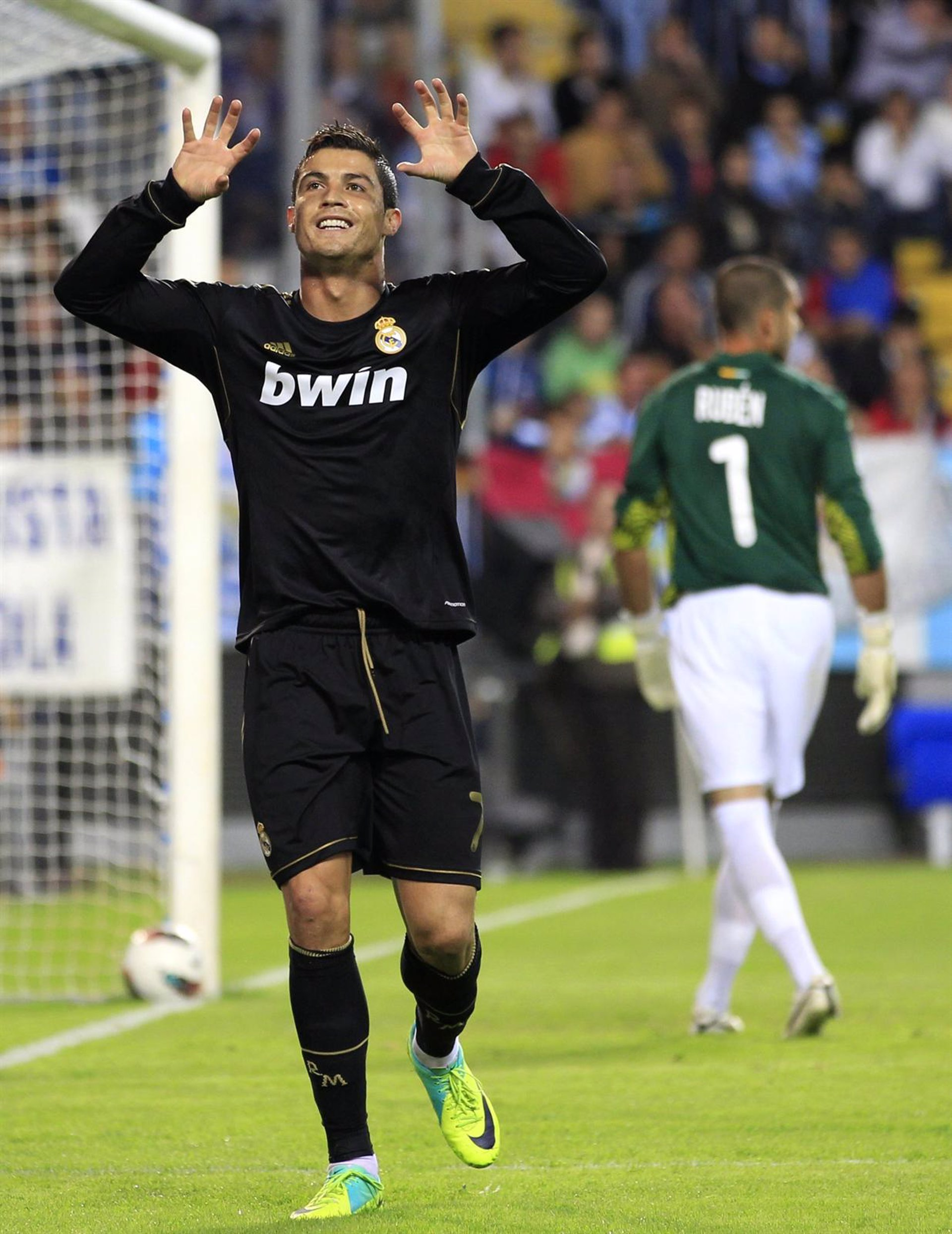 Fútbol/Liga BBVA. Crónica del Málaga 4 Real Madrid, 0 4 Málaga a5df6f