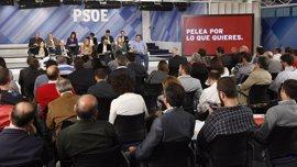 El PSOE denuncia los recortes del PP en educación en un nuevo vídeo electoral