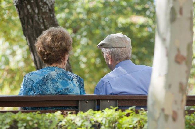 Pacientes Con Alzheimer, Ancianos, Abuelos, Mayores