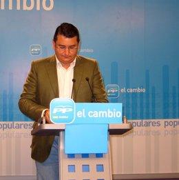 El Secretario General Del PP-A, Antonio Sanz