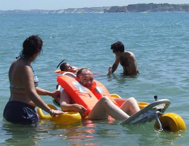 Pacientes Con Daño Cerebral En La Playa