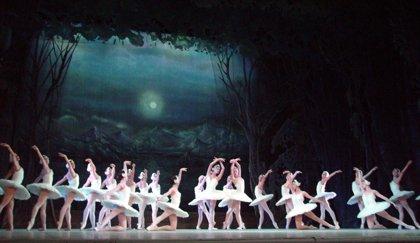 El Ballet Nacional de Cuba, bajo la dirección de Alicia Alonso, representa este sábado 'La Cenicienta'