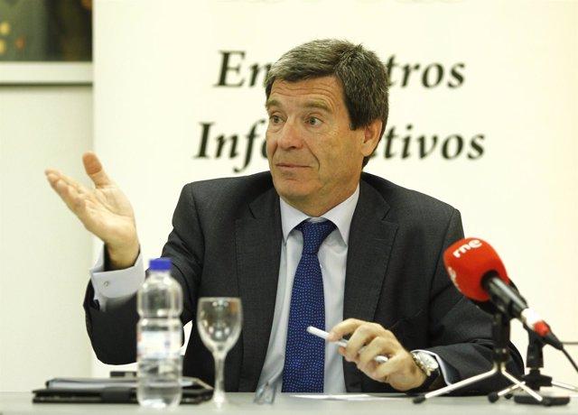 Aurelio Martínez, Presidente De Loterías