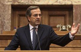 Samaras se enfrenta a una fuerte oposición en su partido  por las cesiones al PASOK