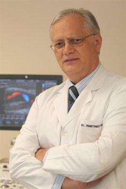 Doctor Eduardo Martínez Vila.