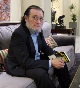 Catedrático De Economía De La Universidad Ramón Llul, Santiago Niño-Becerra