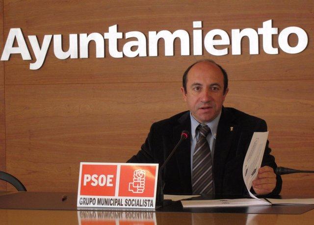 El Portavoz Socialista Vicente Urquía