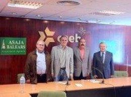 Ramis Se Reúne Con Representantes De Asaja En La CAEB.