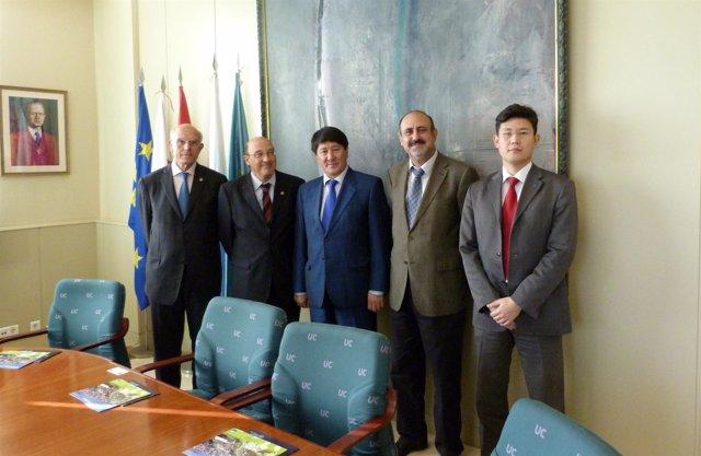 La UC Recibe La Visita Del Embajador De Kazajstán