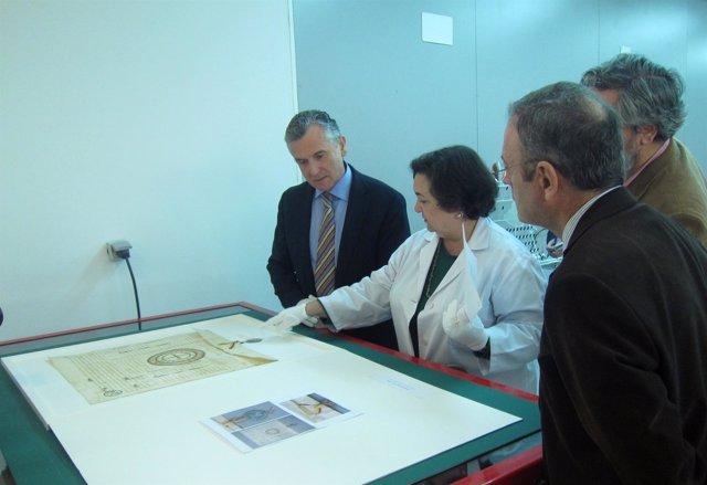 Plata Presentac La Restauracion De Once Documentos De Archivos Andaluces