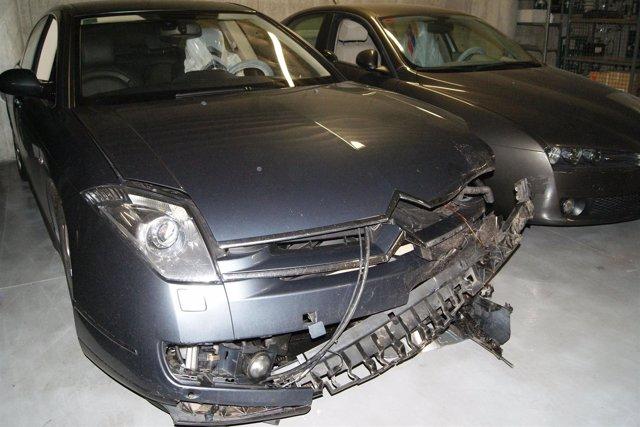 El vehículo en el que viajaba la noche de ayer el presidente del partido, Albert