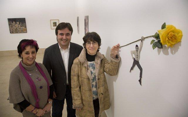 Raquel Cuerno, Diego Movellán Y Sara Huete, En La Vidriera
