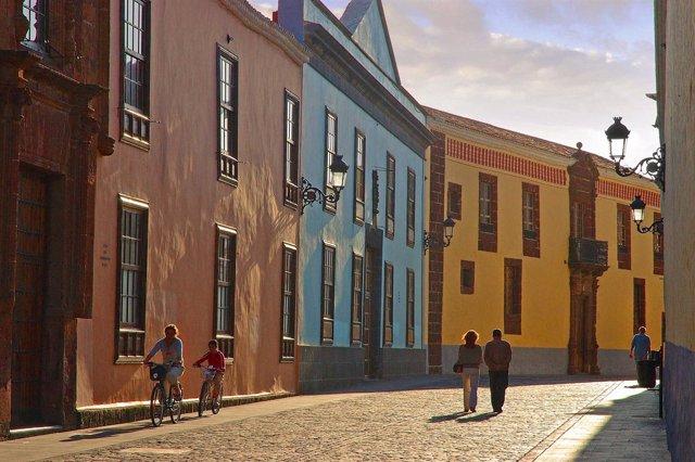Calle De La Carrera