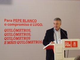 """Blanco dice que las pensiones más bajas """"tienen que seguir subiendo"""" y sugiere que Rajoy las reducirá"""