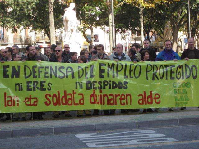Concentración En Defensa Del Empleo Protegido.