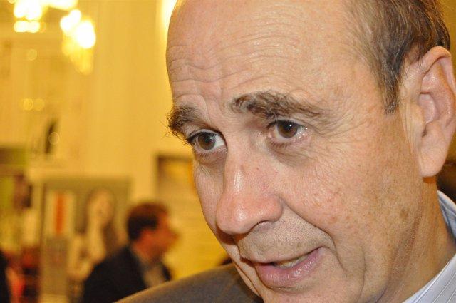 El Consejero Aragonés De Transportes, Rafael Fernández De Alarcón.