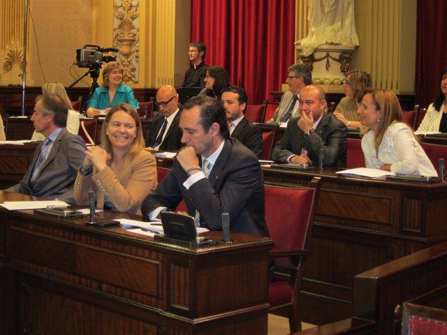 Bauza Y Cabrer en El Parlament
