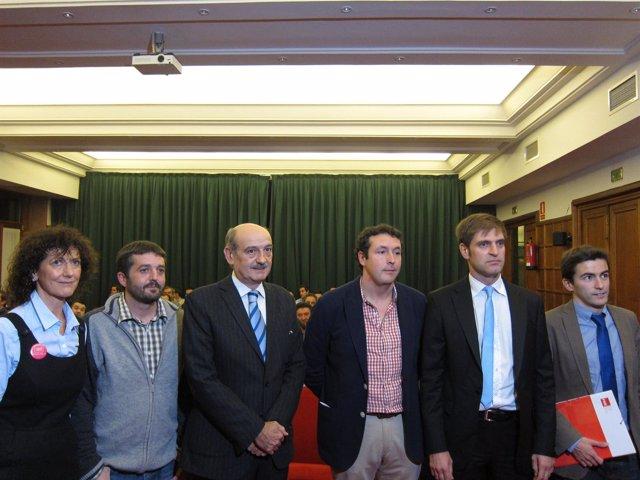Participantes En La Mesa Redonda Sobre Obra Pública