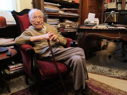 El candidato centenario de ERC Moisès Broggi recibe el alta tras pasar nueve días ingresado