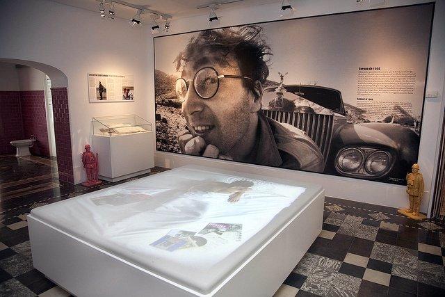 Habitación De John Lennon En La Casa Del Cine De Almería