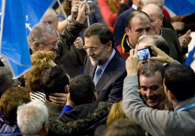 Mariano Rajoy En Un Mitin En Burgos