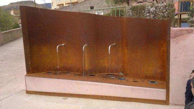 La Renovada Fuente Del Barranco