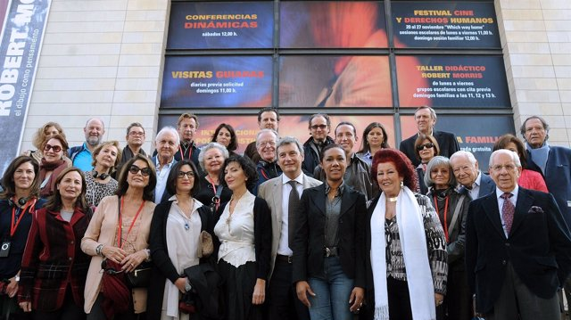 Johnson Y Císcar Con Patronos Internacionales De La Fundación Amigos Del Prado.