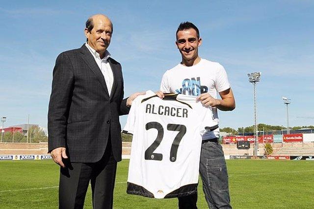 Paco Alcácer Y Manuel Llorente En El Valencia CF