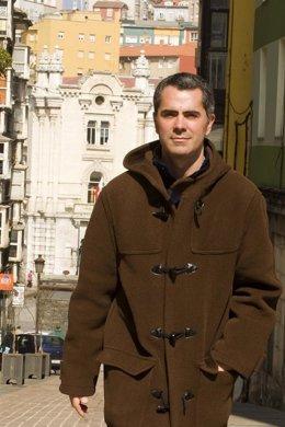 Miguel Saro, candidato de Izquierda Unida a Santander