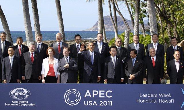 Obama Con Los Líderes Del APEC De 2011